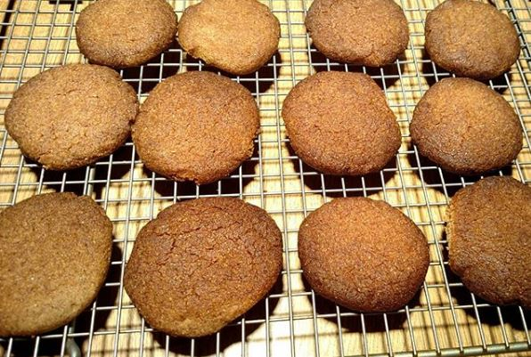 Keto Low Carb Cinnamon Butter Cookies